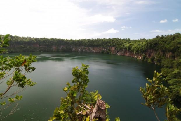 Ouvéa Lake